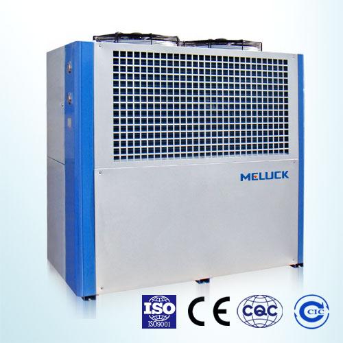 箱型冷水机组