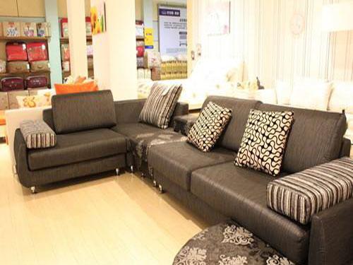 家居沙发挑选窍门大贡献打造令人满意沙发区