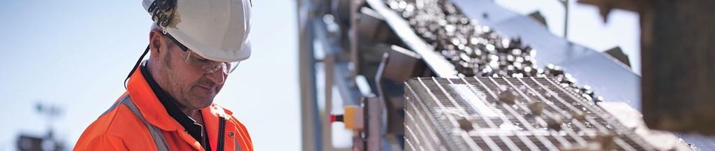 亞薩合萊天明、龍電科技等專業從事工業用門的研發和生產。